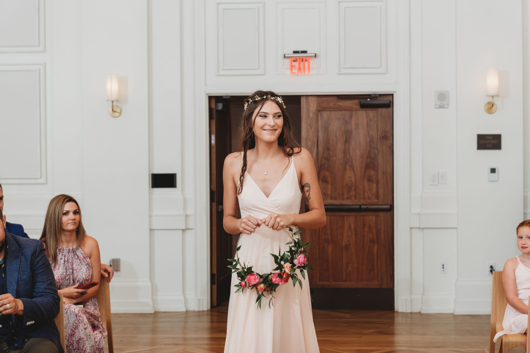 Modern wedding bouquet: Summer Tennessee Wedding at Noelle from Jayde J. Smith Events featured on Nashville Bride Guide