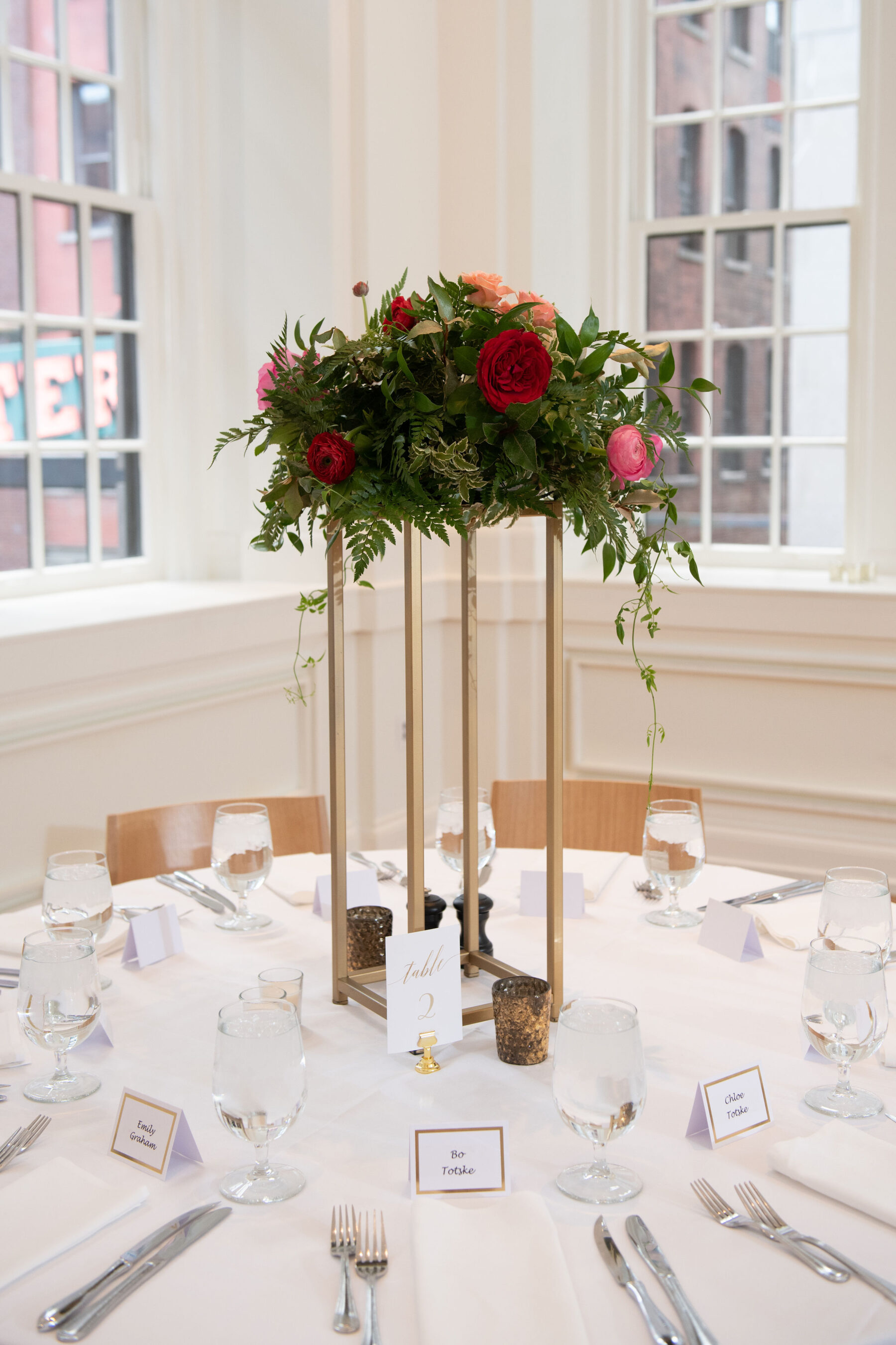 Tall wedding centerpieces: Summer Tennessee Wedding at Noelle from Jayde J. Smith Events featured on Nashville Bride Guide