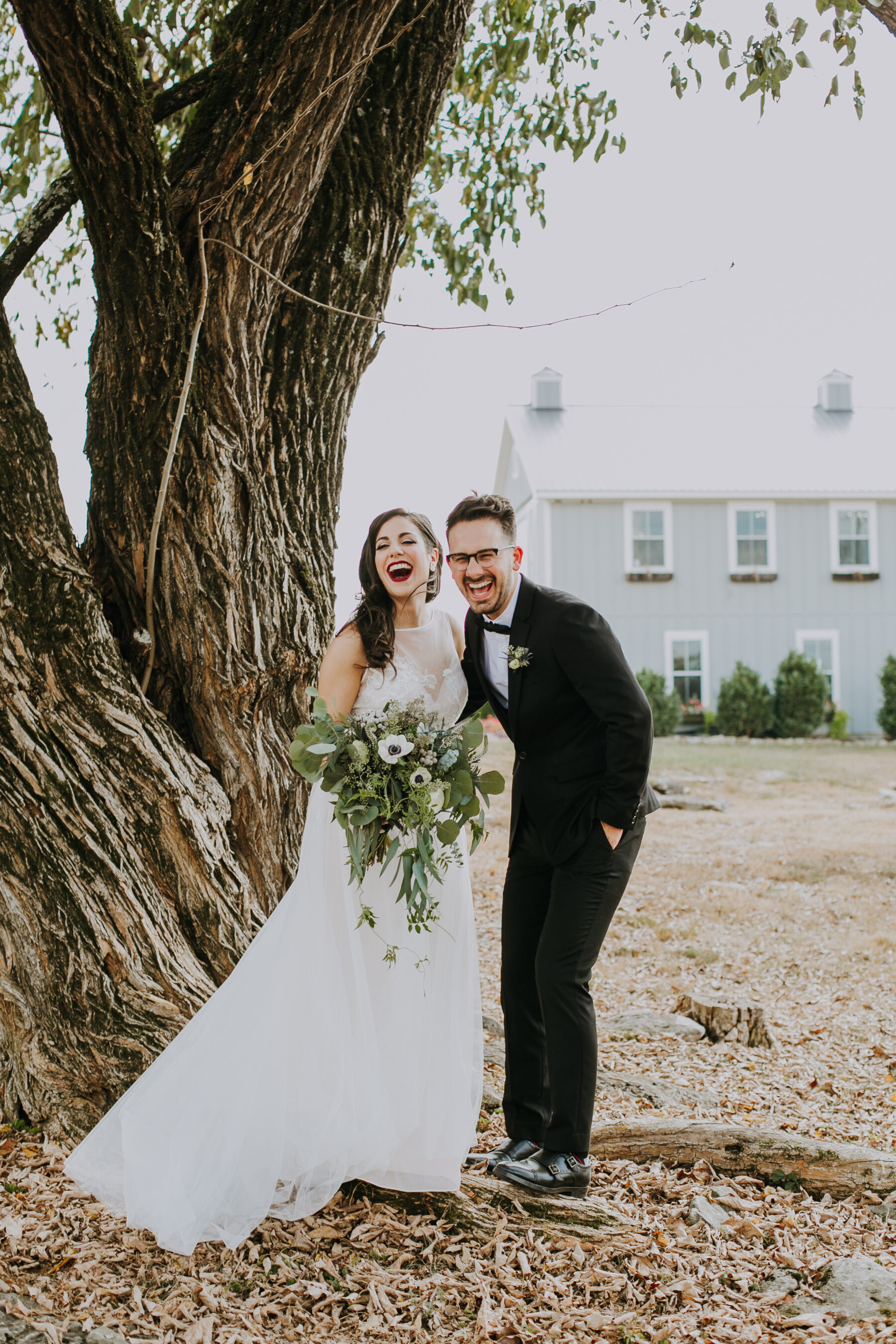 Wedding portrait: Nashville Wedding with Beautiful Views by Teale Photography featured on Nashville Bride Guide