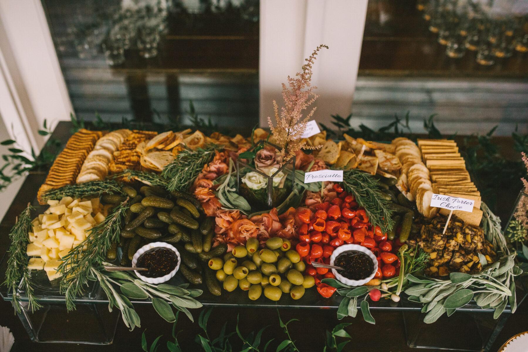 Chef's Market Nashville Catering   Nashville Bride Guide