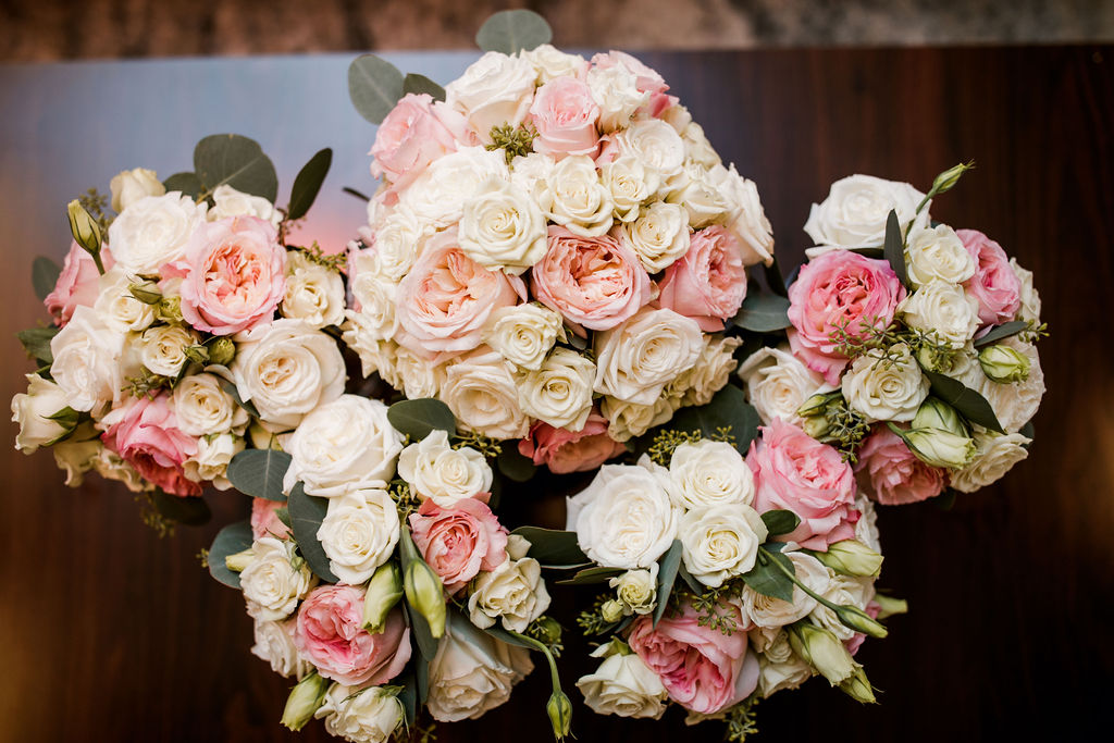 Pink and white wedding flowers | Nashville Bride Guide