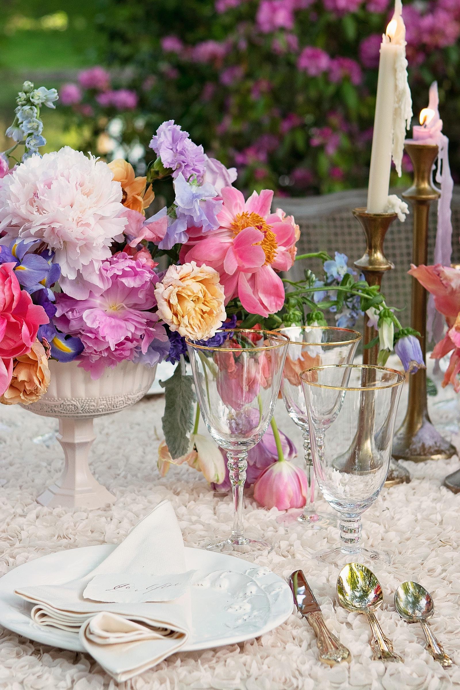 Watercolor wedding decor