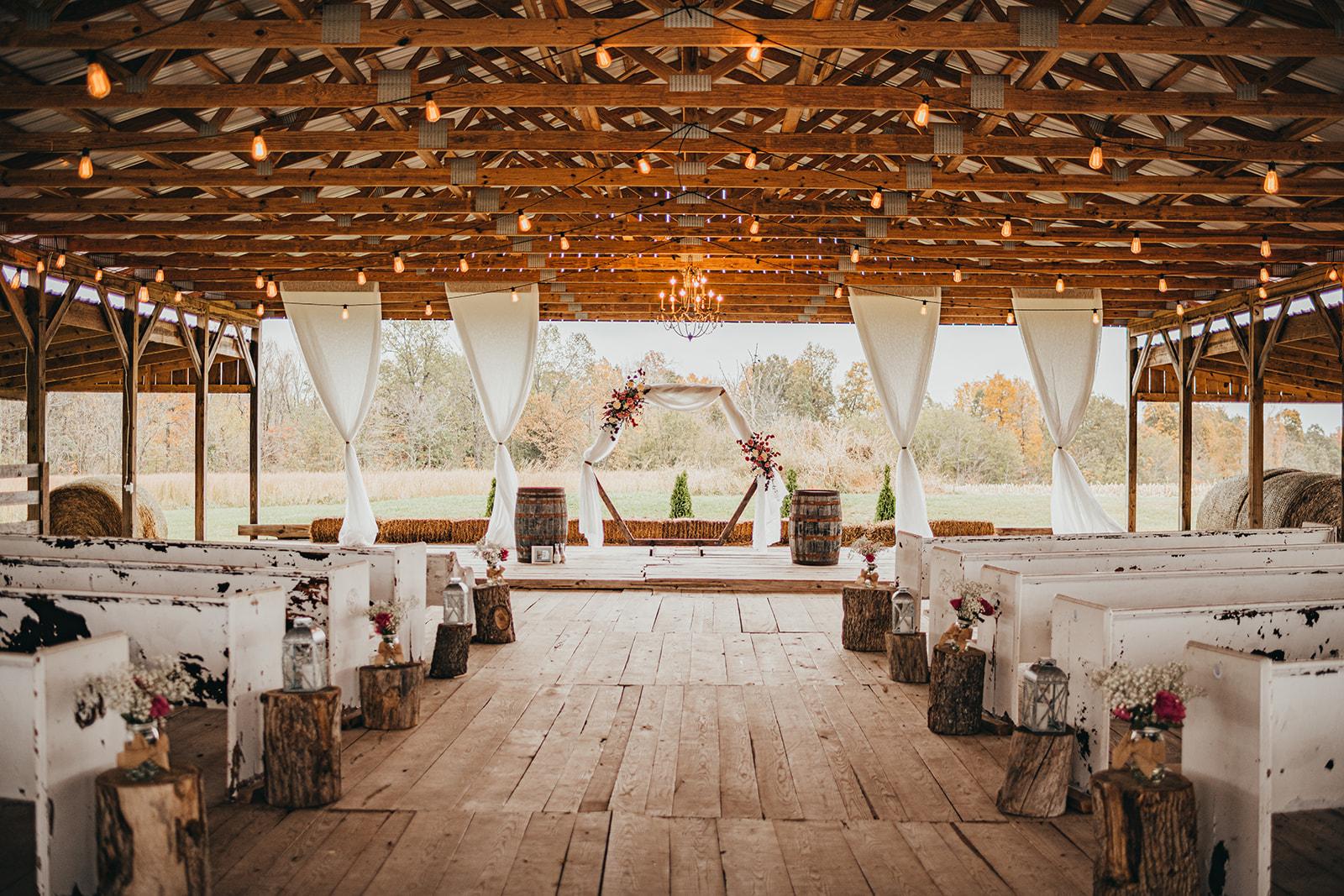 Burdoc Farms wedding ceremony decor