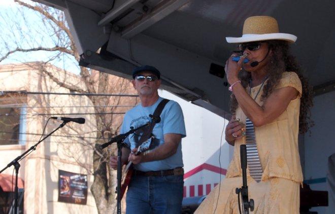 Mississippi Millie Mando Blues Soulshine Nashville Fringe Festival 04