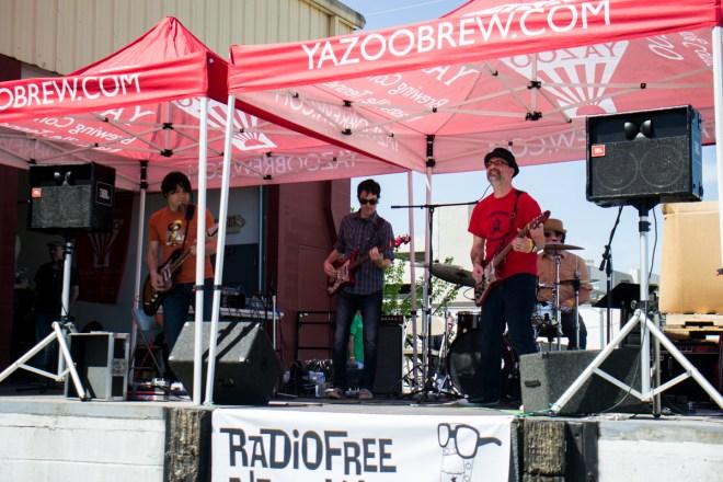 Crazy Aces Radio Free Nashville Yahoo 2015 03