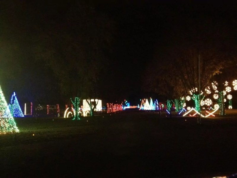 dancing lights of christmas at jellystone park nashville fun for - Jellystone Park Nashville Christmas Lights