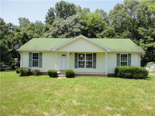 Homes For Sale in Stone Creek-Subdivision Greenbrier TN