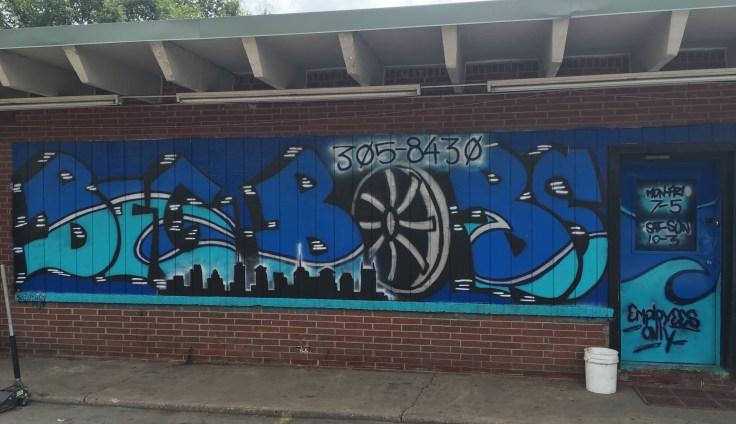 Blue Big Bobs mural street art Nashville