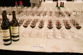 wineauction_sm-1527