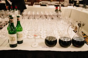 wineauction_sm-1528