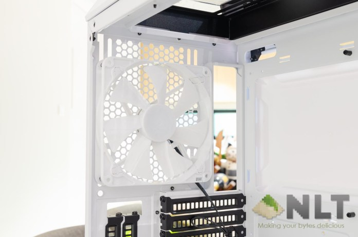 Review - Cooler Master MasterCase H500P Mesh White: Beautiful Snow White 1