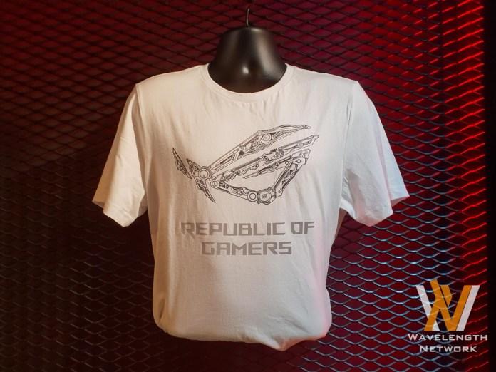 ASUS ROG Collection T-shirt & backpacks