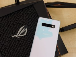 ASUS ROG RAPTURE GT-AX11000 with Samsung Galaxy S10+ header