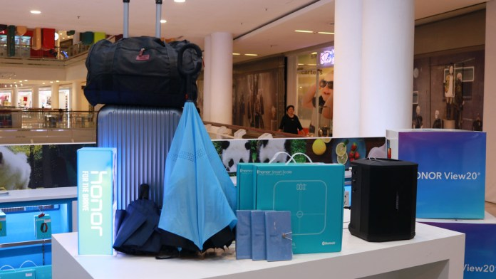 HONOR Malaysia Experience Store Queensbay Mall