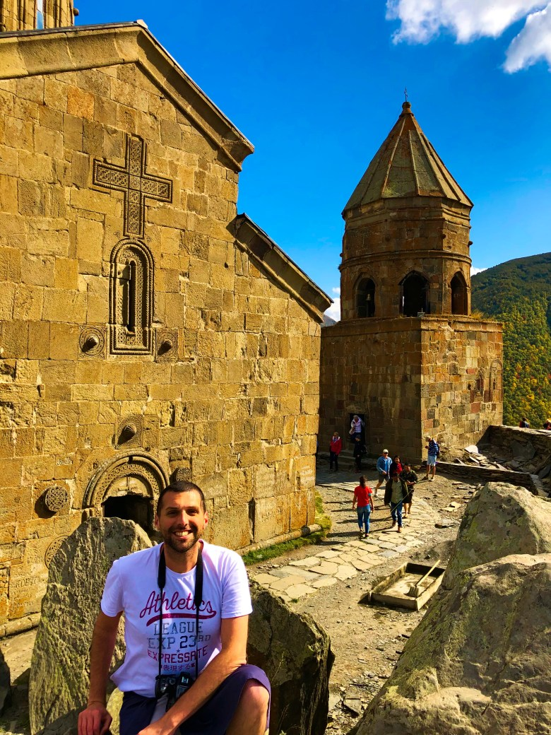 Tiflis Gezi Rehberi, Tiflis Gezilecek Yerler, Gürcistan Gezi Rehberi, Gürcistan Gezilecek Yerler, Kazbegi gezisi, Gergeti Kilisesi, nasilgezdim