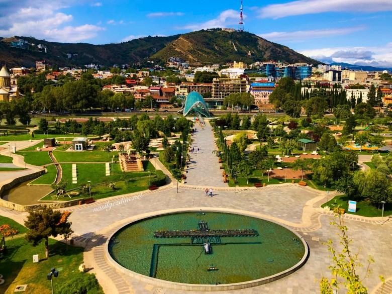 Tiflis Gezi Rehberi, Tiflis Gezilecek Yerler, Gürcistan Gezi Rehberi, Gürcistan Gezilecek Yerler, Rike Park