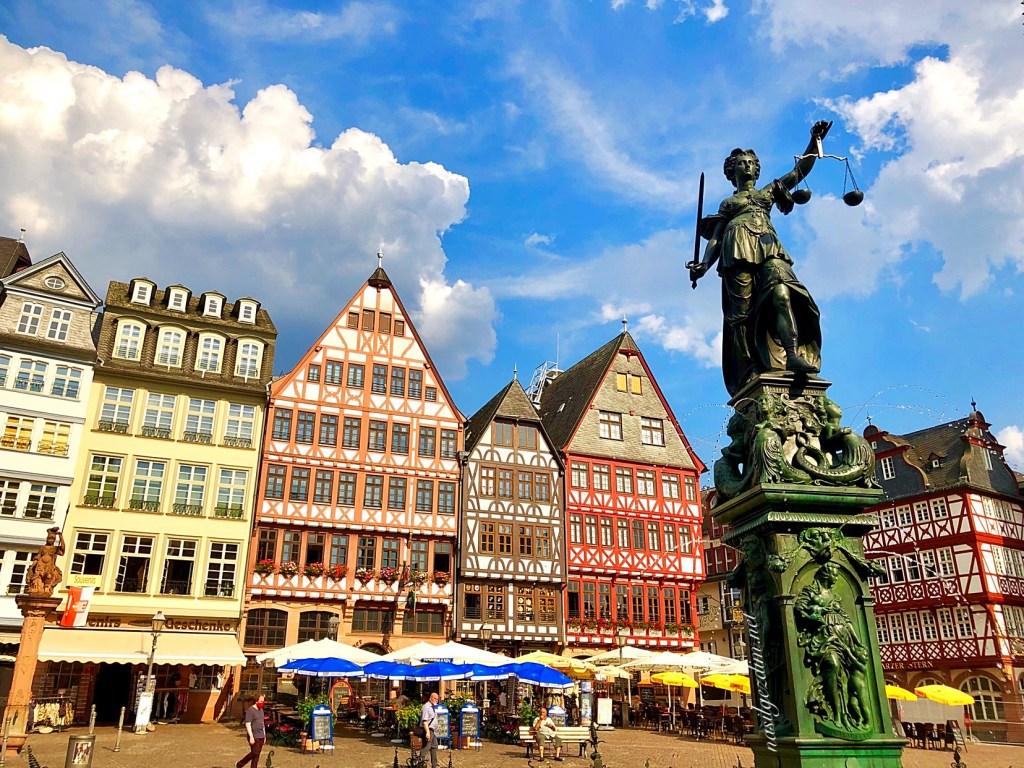 frankfurt gezi rehberi, frankfurt gezilecek yerler, römerberg meydanı, frankfurt gezilecek yerleri, frankfurt almanya, frankfurt nerede, römerberg