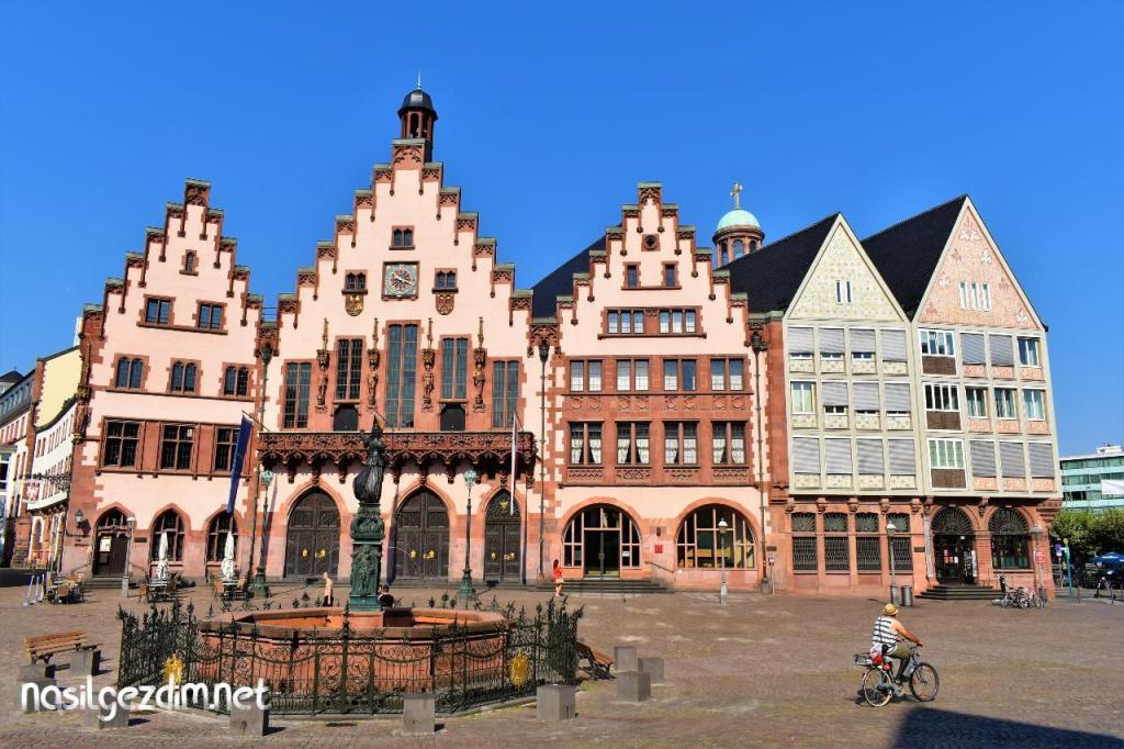 frankfurt gezilecek yerler, römer, römerberg, frankfurt gezi rehberi