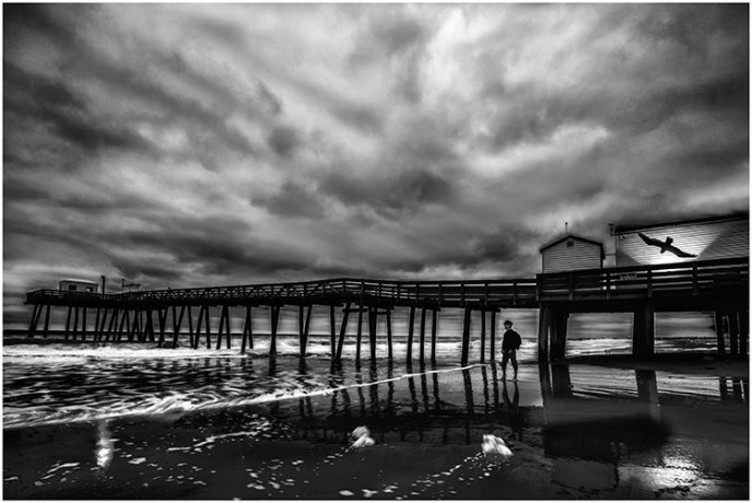 Liliana Hecker - Walking The Beach - Salon IOM BW