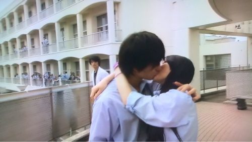 昼顔 キス 伊藤健太郎
