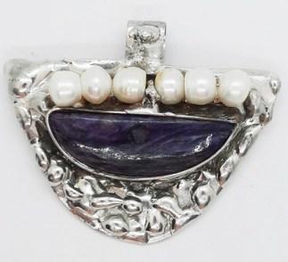 czaroit i perły