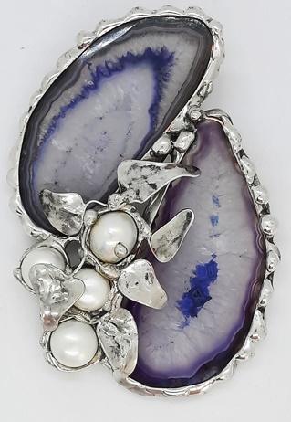 dwa agaty z perłami