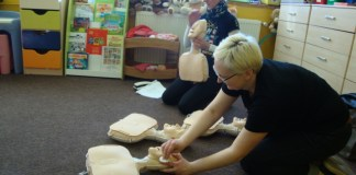 Pierwsza pomoc dla Małej Ani. Lekcje pokazowe w Przedszkolu Pod Wierzbami w Śremie