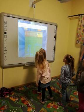 Kodowanie w Przedszkolu Językowym Kinderki w Śremie