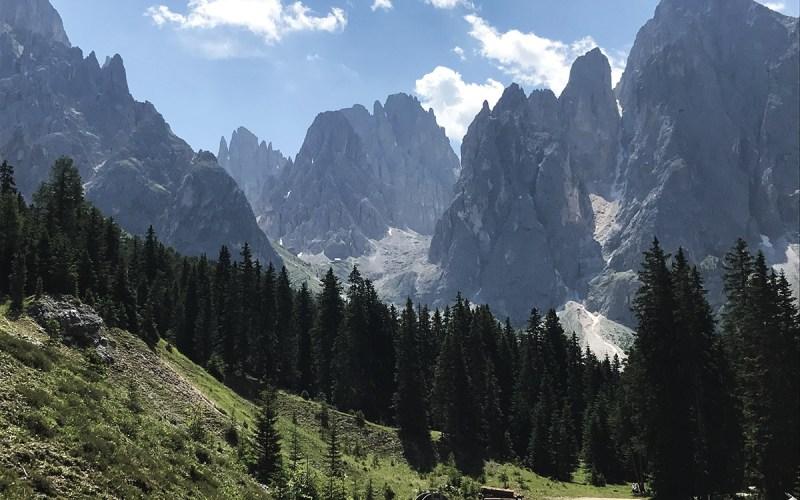 Trekking sul Sassolungo: il rifugio Toni Demetz