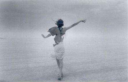 """""""Alas de mariposa"""" 2002 Fotografía blanco y negro"""