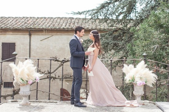 Intimate moments of the vows exchange in Italy