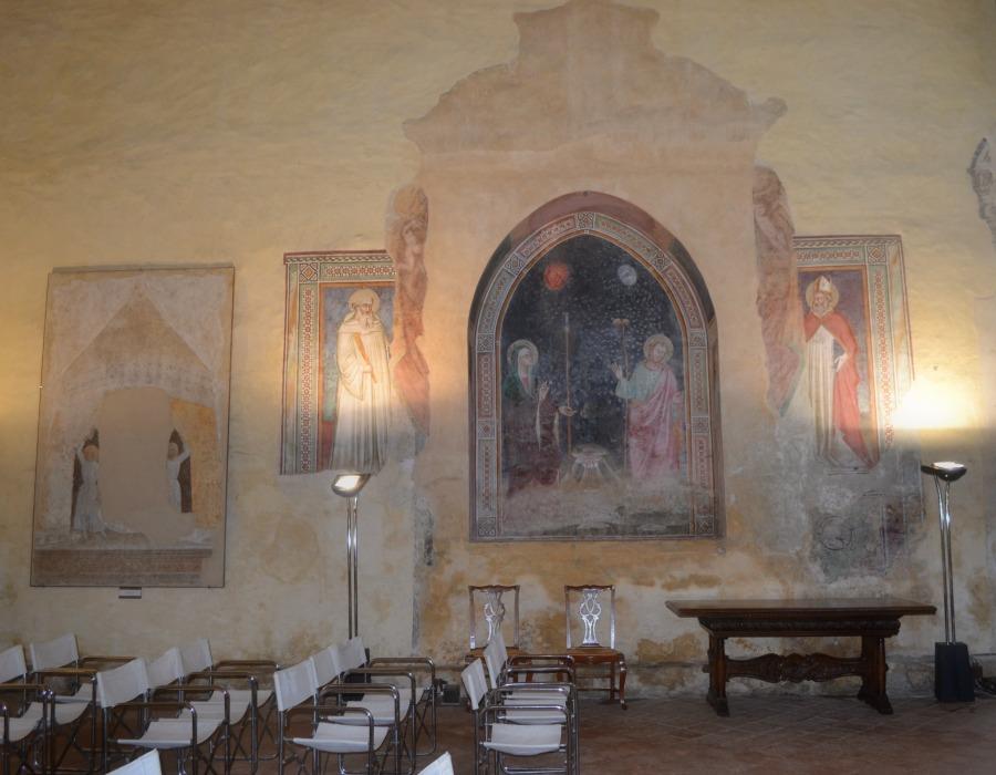 Unique civil wedding locations in Italy to hold your destination wedding reception in Tuscany - Certaldo Alto