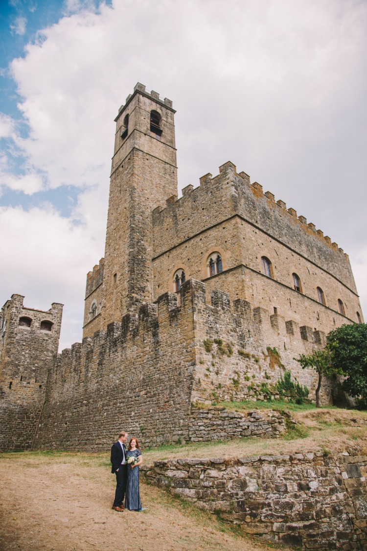 Tuscan Castle wedding in Italy