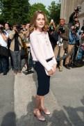 20130703Natalia+Vodianova+PFW+Arrivals+Chanel+Runway+2wFponu9pSTx