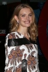 2014-11-10_Glamour_Women_of_the_Year_N_Vodianova_02
