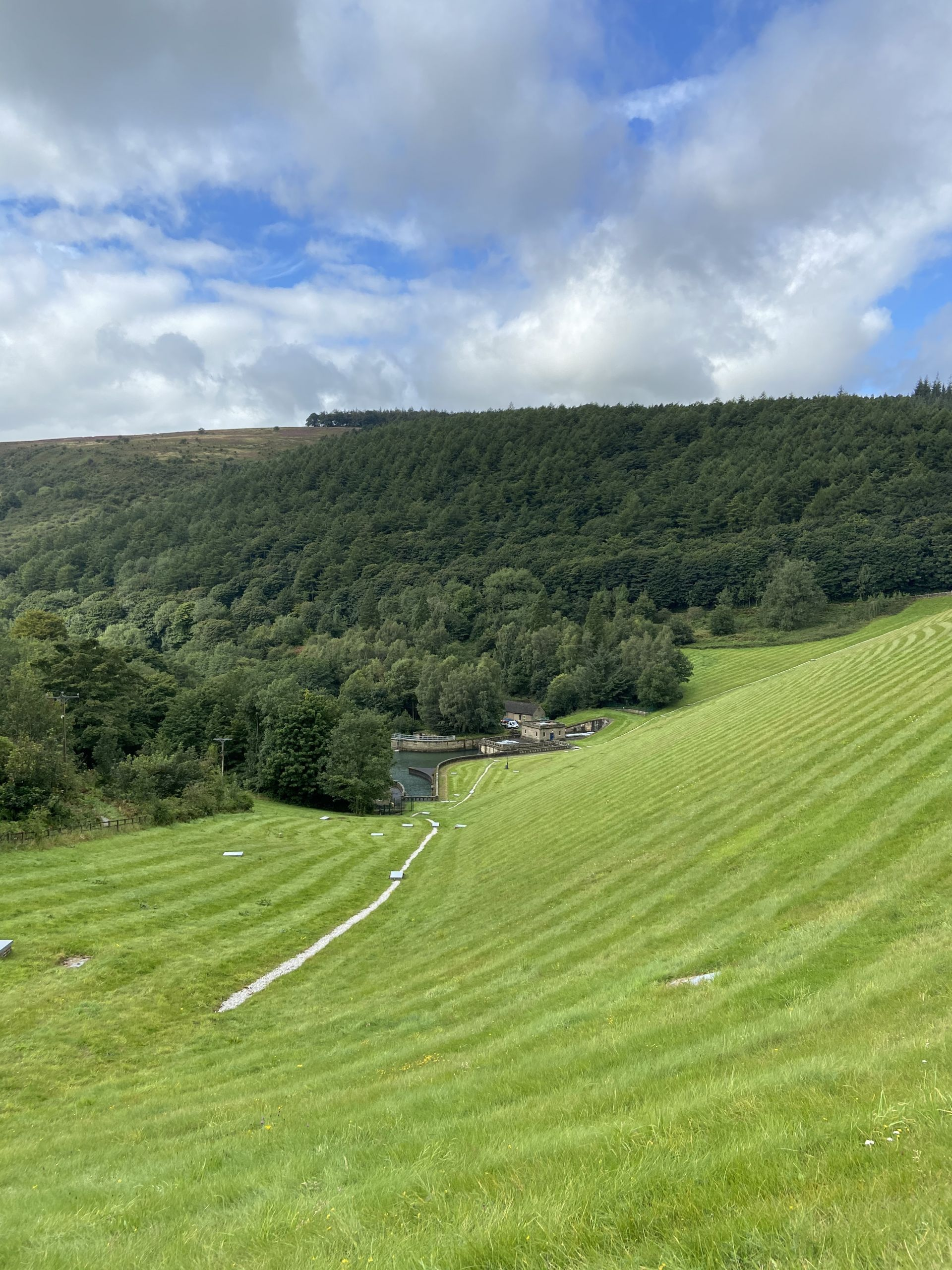 countryside and woodland views from Ladybower reservoir dam