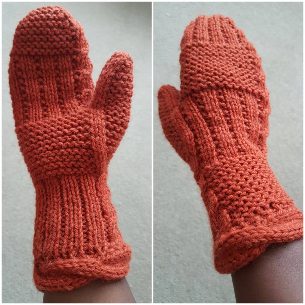 Fond mittens modelled and photographed by Natalie in situ.  Here you can see the reversible texture of the mittens and the potential for mixing things up to suit you.  And - look at the thumb gore!