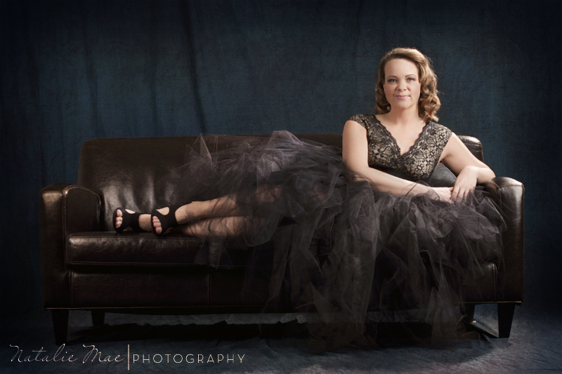 Old Hollywood glamour photos with a modern twist.