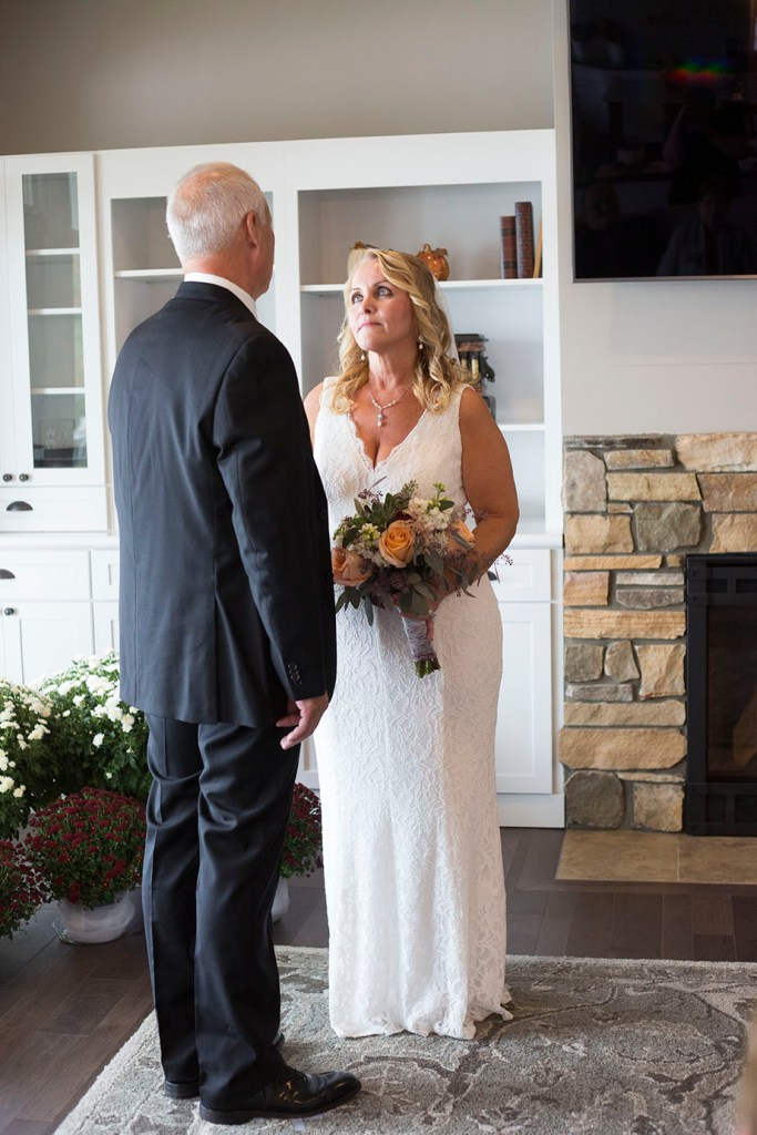 Chelsea, Michigan couple exchanging vows