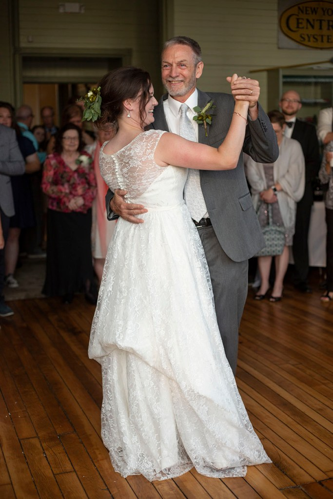 Father and daughter dance at Chelsea Michigan wedding