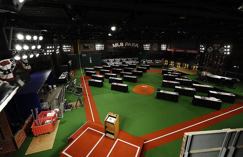 the MLB Network set of the Draft!