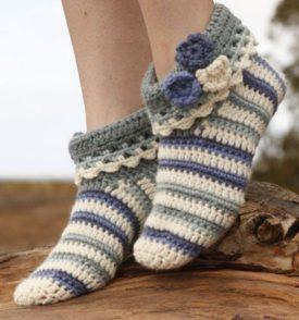 crochet-slippers-free-pattern-550x589