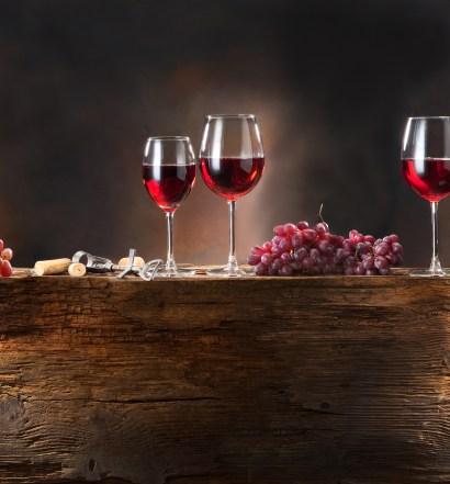 A Ceia em Corinto tinha vinho alcoólico?