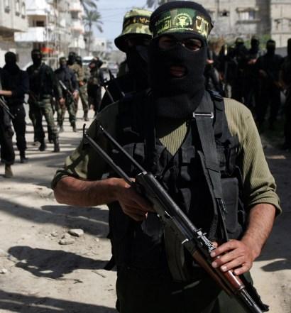 O Alcorão exige que os muçulmanos lutem e matem os outros?