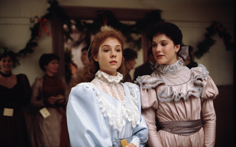 Anne... la maison aux pignons verts - Anne of Green Gables (1985) - avec Megan Follows et Jonathan Crombie (2/4)