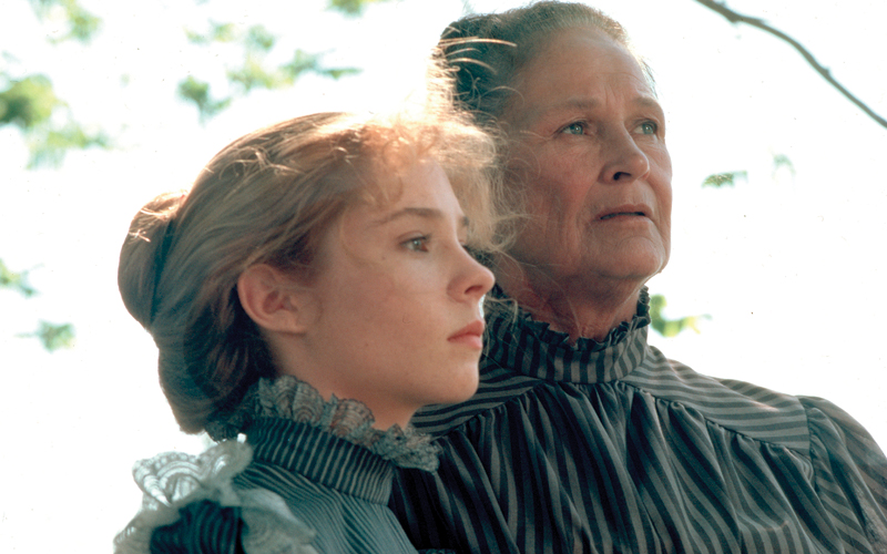 Anne... la maison aux pignons verts - Anne of Green Gables (1985) - avec Megan Follows et Jonathan Crombie (3/4)