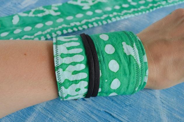 wearing wrist wraps