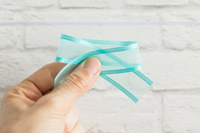 fold ribbon over