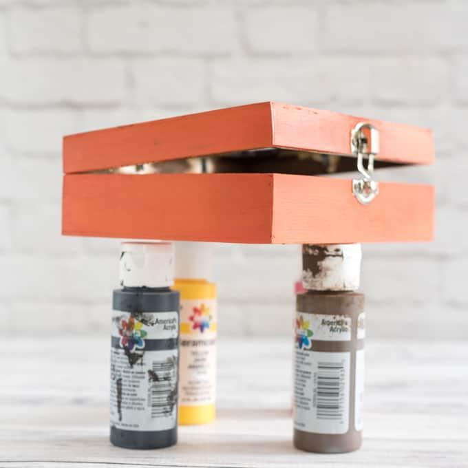 box-paint-drying
