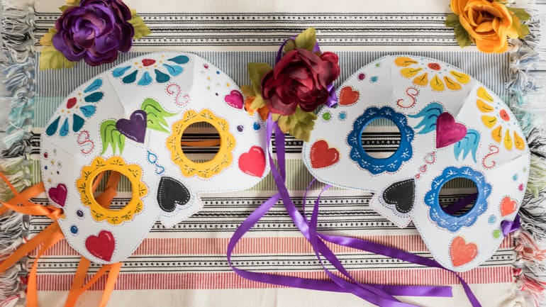 How to make a 3D sugar skull mask from craft foam!